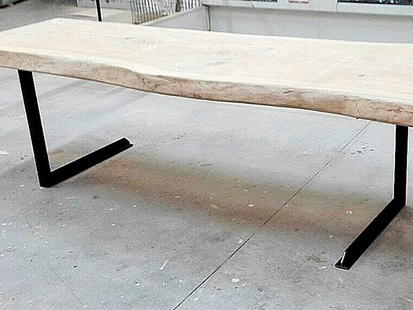 Arredamento in ferro carpi sassuolo produzione tavoli for Arredamento ferro battuto